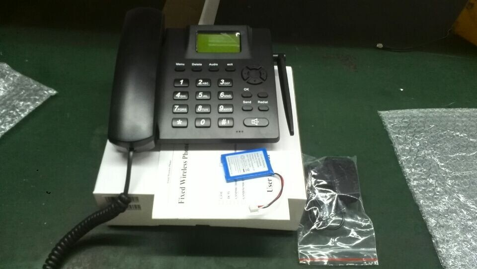 Multi-language SMS and FM Radio landline gsm table phone with sim card (900/1800Mhz or 850/900/1800/1900Mhz)(China (Mainland))