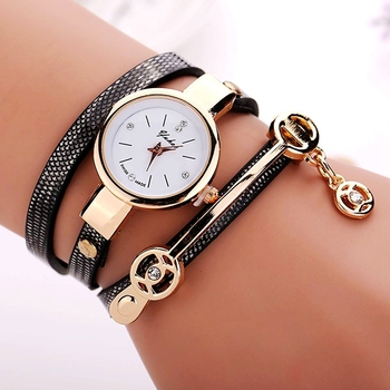 77 Fashion New Summer Style Leather Casual Bracelet Watch Wristwatch Women Dress Watches Relogios Femininos Watch 88 66 XR1297
