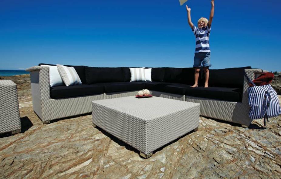 Modern white outdoor furniture acquista a poco prezzo - Garanzia mobili ...