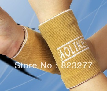 Free Shipping!Low Price!Breathable Absorbent Wrist Movement Bracers/Wrist Support  Sport Supports /Sports Safety