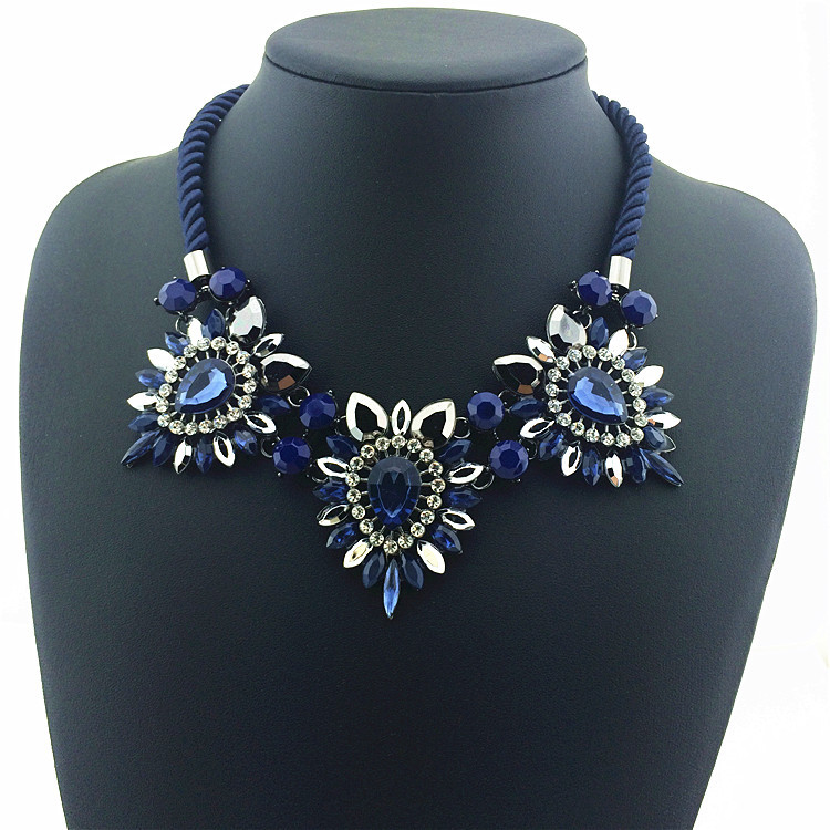 Hot Sale Daisy Flower Necklaces & Pendants Soft Cotton Collar Statement Necklace 2015 New Women Charm Jewelry Fashion Necklace(China (Mainland))