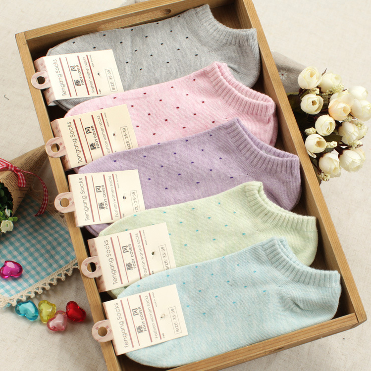 20 pieces=10pairs of small Polka dot size of female women's thin ankle socks(China (Mainland))