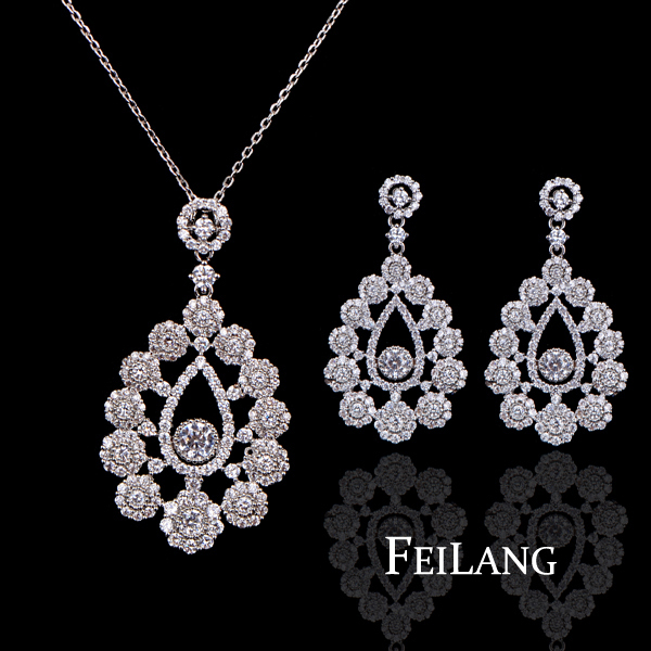 Luxury White Gold Plating Hollow Out Flower Shape Micro Inlay Small Stone Cubic Zirconia Diamond Pendant Jewelry Set (FSSP023)(China (Mainland))