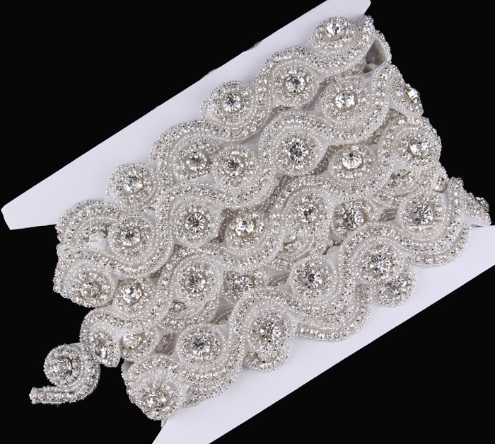 1Yard Factory Price Sew On Shiny Mini Circle Rhinestone Applique Trim Flatback Crystal Beaded Trim Button For Bridal/Wedding(China (Mainland))