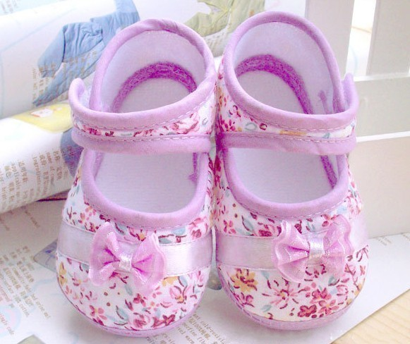 2015 Girls flowers bow baby toddler shoes 11cm 12cm 13cm spring autumn children footwear first walkers(China (Mainland))