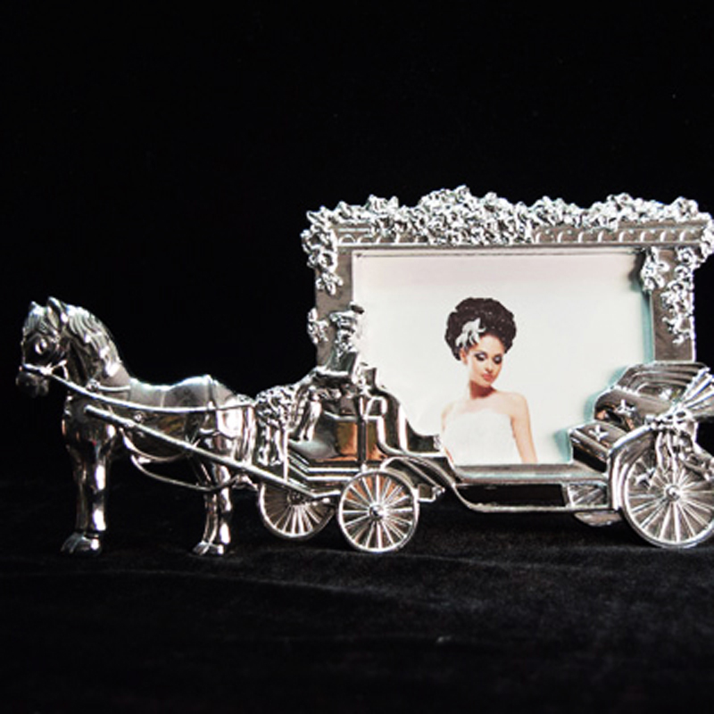 2016 new sale hot Fashion Frame White Horse Carriage Heart Home Decor Photo Frame Picture Frame Metal PF-011(China (Mainland))