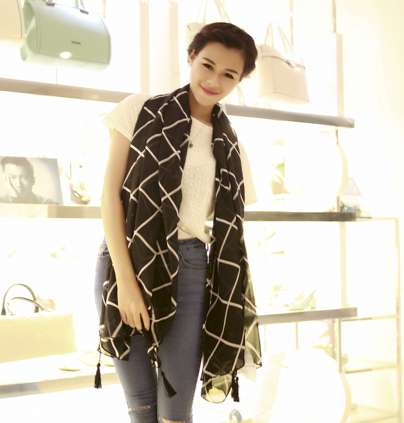 Cheap and Nice Polyester voile Scarf - -Welcome OEM(China (Mainland))