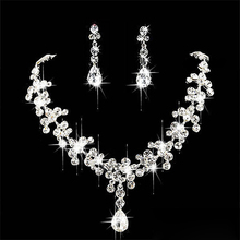 DSGS 5 x ( Chic Bridal Rhinestone Crystal Necklace Earring Plated Jewelry Set(China (Mainland))