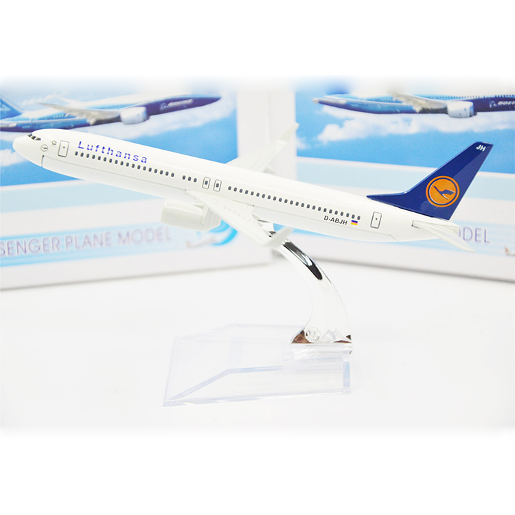 16cm Metal Plane Model Lufthansa Boeing 737 Aircraft Model German Airplane Gifts And Souvenirs For Adults Children Toy Vehicle(China (Mainland))