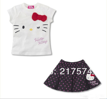 Hello Kitty Set In stock Wholesale 5set 2013  Summer  HELLO KITTY 2PIECES SETS DRESS+T-SHIRT WHITE /BLACK SIZE90CM---130CM