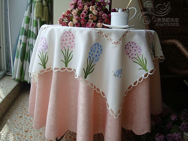 2015 New Spring Polyester floral Embroidery tablecloths/ table linens 85x85cmSQ(China (Mainland))