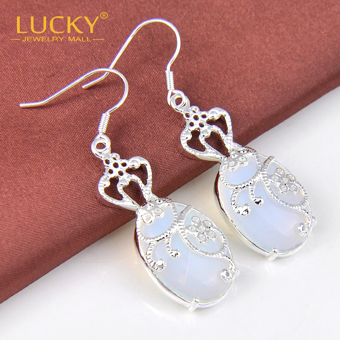 Free Shipping - Charm 925 Sterling Silver Jewelry Classical Moonstone Earrings For Women High Quality Drop Earring E0474<br><br>Aliexpress