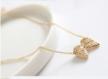 N124-2 Hot 2015 Fashion New Design Cute Wing Pendants Necklaces Jewelry Wholesales Women Accessories(China (Mainland))