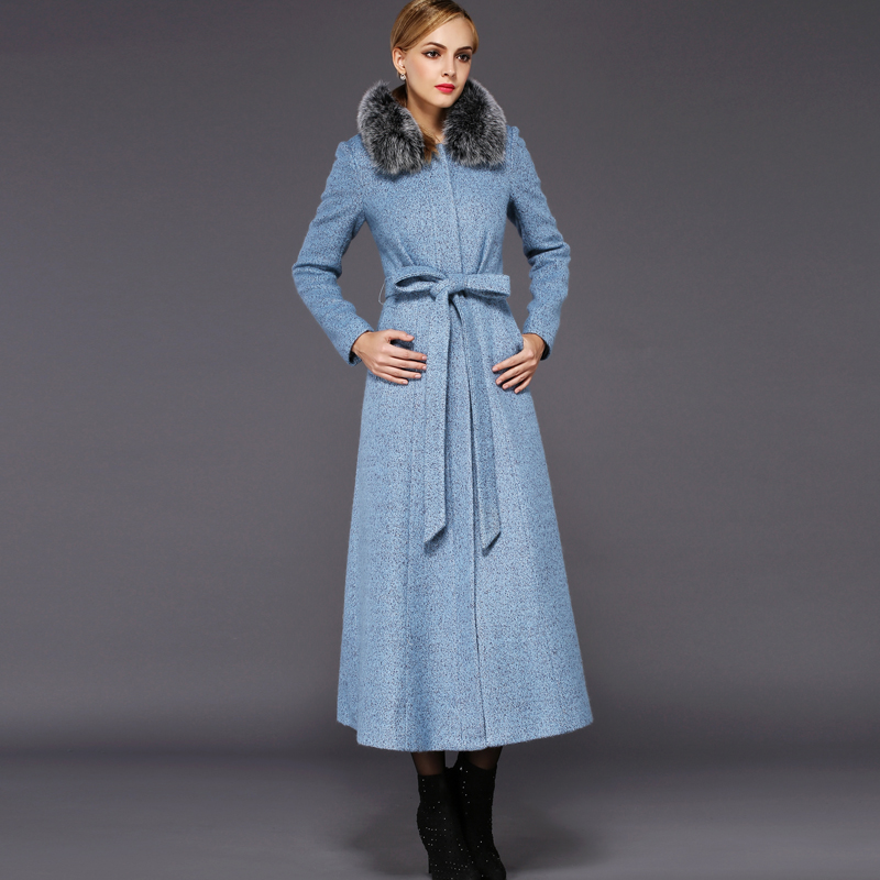 Mid-weight and light-weight wool fabrics serve many attire needs, from sophisticated pencil skirts, to gentlemanly waistcoats, to elegant pleated and cuffed trousers. We have a plethora of these wool fabrics including tricotine, .