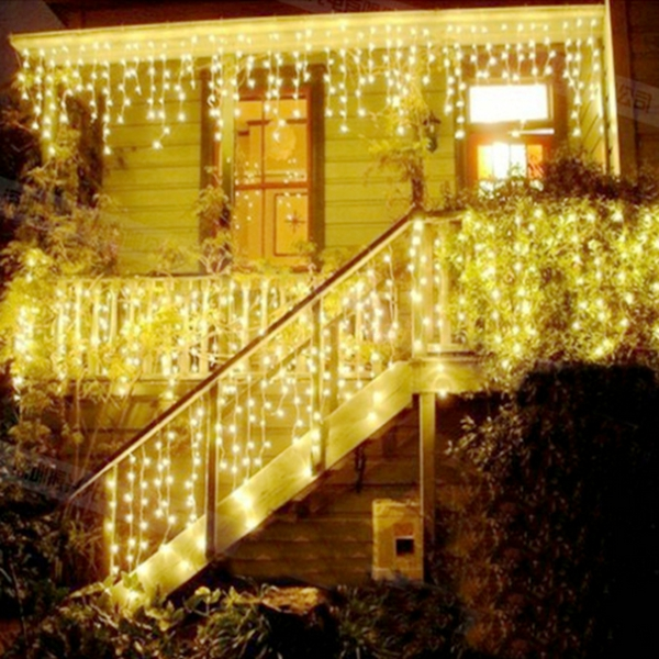 AC220V 110V String lights Christmas outdoor decoration 3.5m Droop 0.3-0.5m curtain icicle string led lights Garden Xmas Party(China (Mainland))