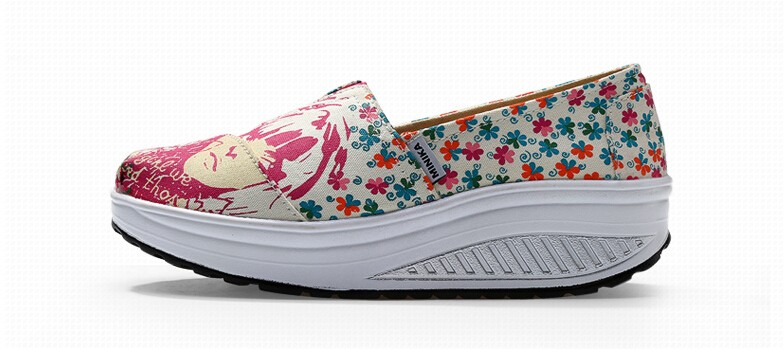 2016 New Canvas Shoes Woman Flat Platform Casual Shoes Women Graffiti Shake Shoes Slimming Walking Shoes Size 35-40