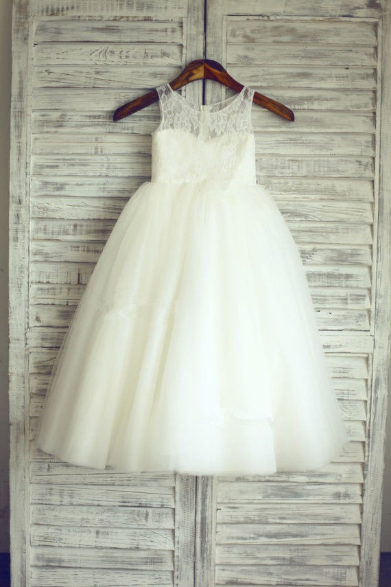 2015 New Ivory Lace Flower Girl Dress With Sashes Lace A Line Flower Girl Dresses High Quality Girl Dress for Wedding(China (Mainland))