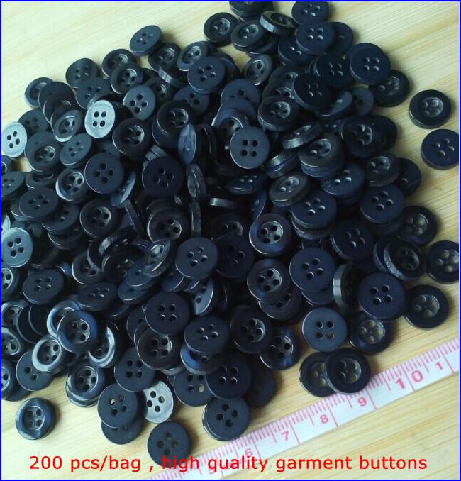 Free shipping 200 pcs/bag clothing button Pearlized 4 holes Dark blue t shirt 11 mm garment buttons MZ-2238(China (Mainland))