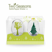 Novelty Kitchen Tools Two Seasons Sugar Pepper & Salt Shakers Set, Kitchen Herb Spice Containers Holder,Spices Storage Box Jars(China (Mainland))