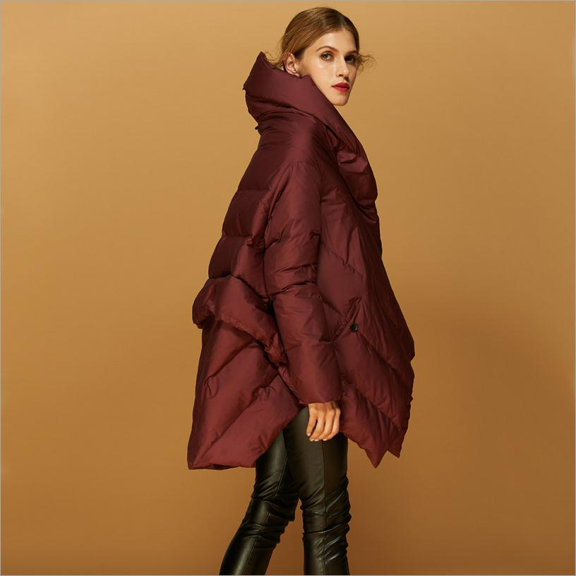 Manufacturers Outlet 2017 new 90% duck down warm parkers women's fashion cloak style design clothes feather coat w1138(China (Mainland))