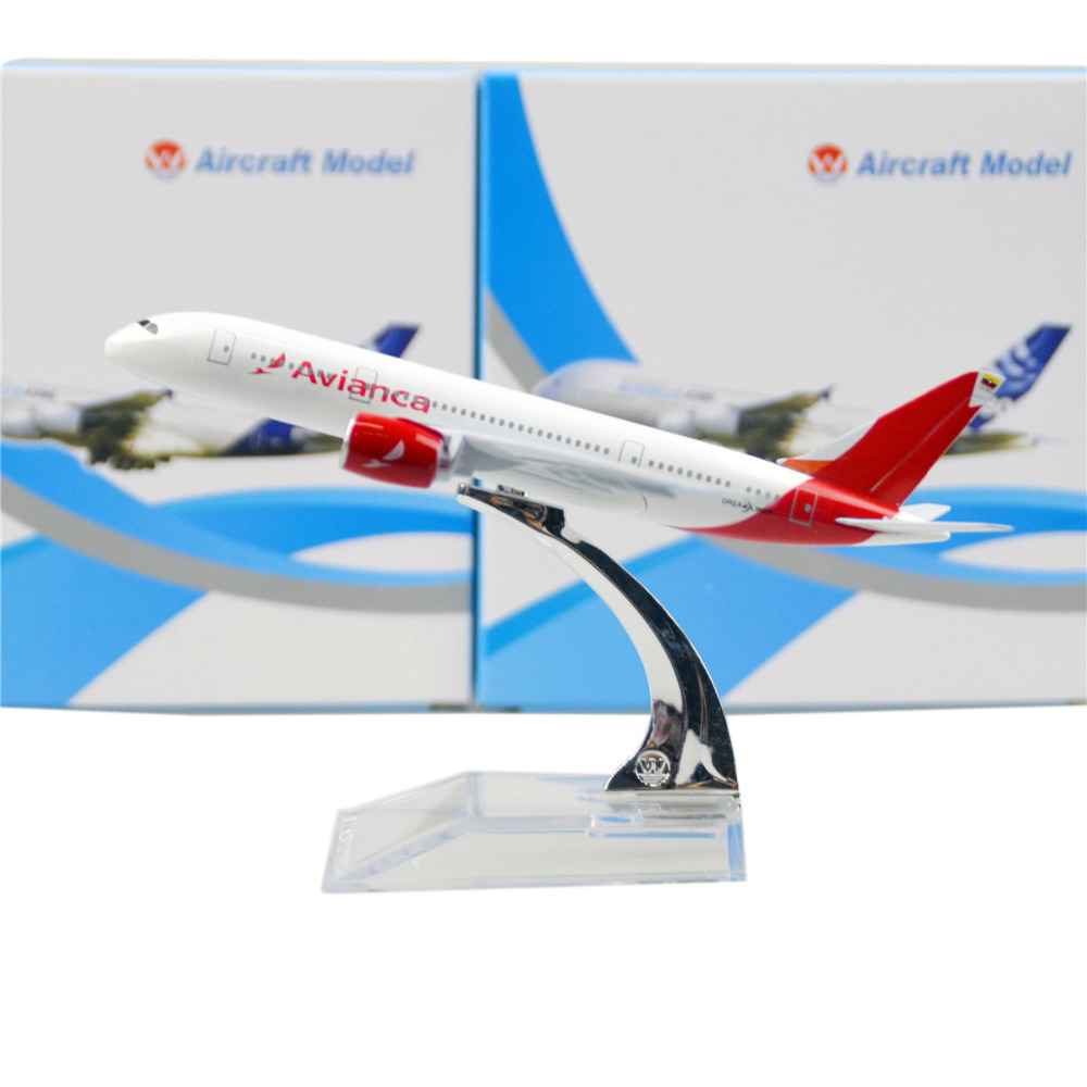 Colombian national airline White Boeing 787 16cm airplane child Birthday gift plane models toys Free Shipwping Christmas gift(China (Mainland))