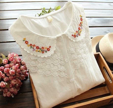 2014 autumn line small fresh Sen female line Embroidery Flower Lace Baby collar shirt with long sleeves(China (Mainland))