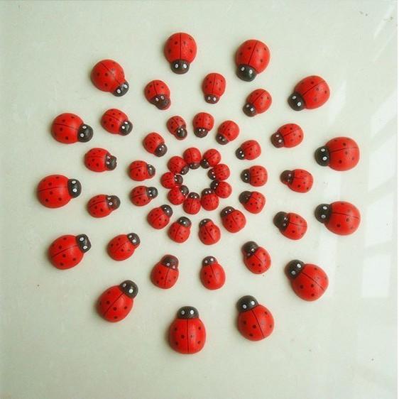Аксессуары для праздника Ladybug