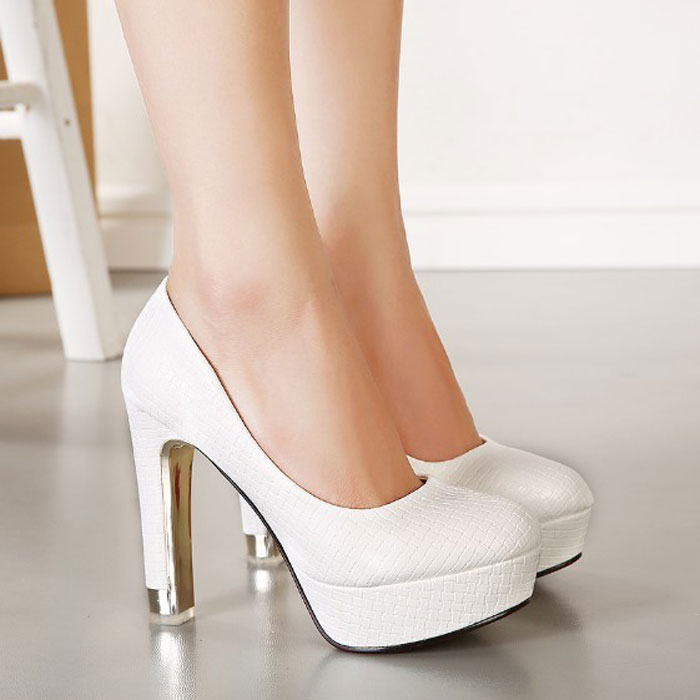 2015 women sexy pumps  princess high-heeled platform single shoes white black color wedding shoes