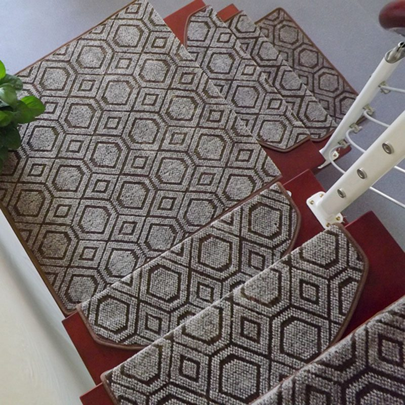 Top Sale 1 Piece European Style Stair Treads Staircase Carpets Home Decor Rugs for Stairs Living Room Floor Mats 65*24cm(China (Mainland))
