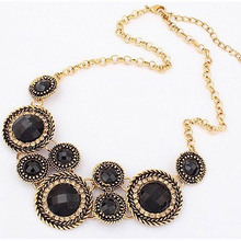 Vintage Round Statement Necklace Women Necklaces Pendants Jewelry Colar For Gift Party