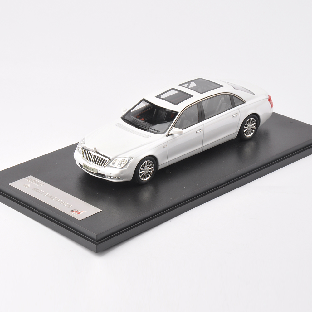 Collectible Premium X 1/43 white Maybach 62S 1:43 Scale Model Diecast Car Kids Toys With Orig.Box(China (Mainland))