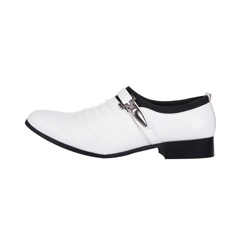 Elegant Men Wedding Shoes Pointed Toe Men's Flats Shoes Black White Commercial Moccasins Office Dress Shoes Casual Flat Shoes 2A(China (Mainland))