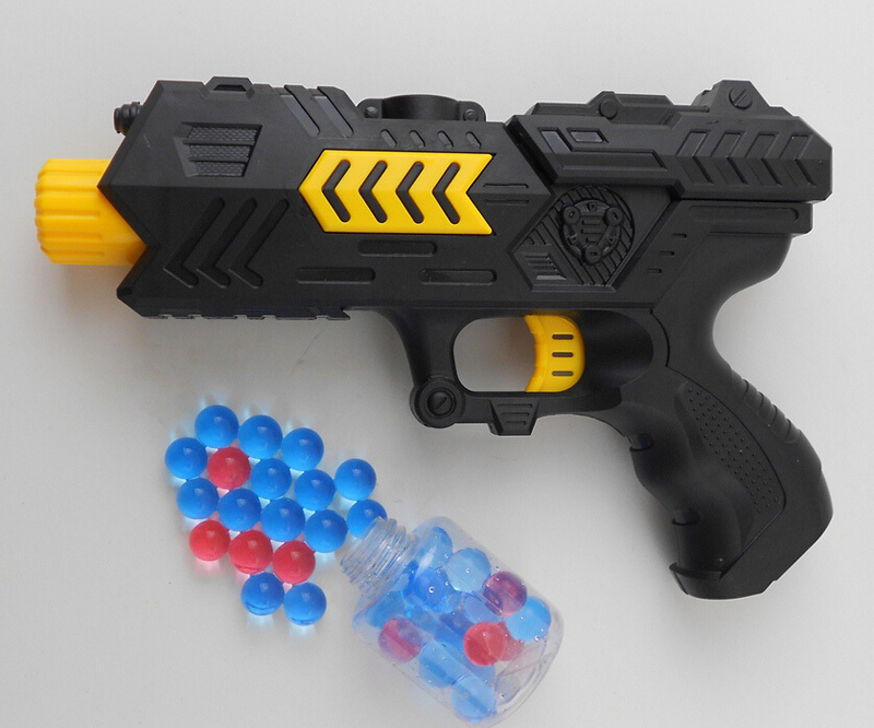 Paintball Gun DIY Pistol Soft Bullet Gun Plastic Toys CS Game Shooting Water Crystal Gun Nerf Air Soft Gun Airgun summer fun toy(China (Mainland))