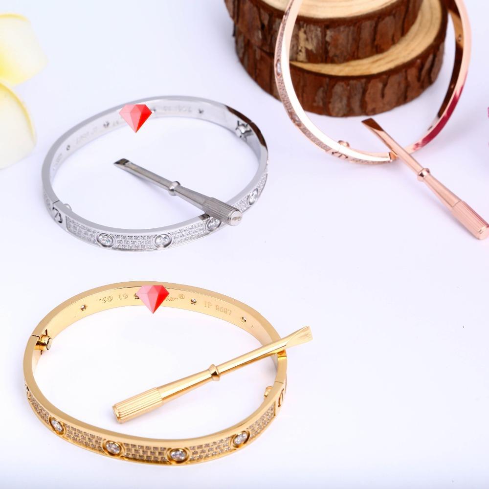 Q0.7 new arrival Euro & America 1:1 luxury shoppe titanium stars fashion bangle for men(China (Mainland))