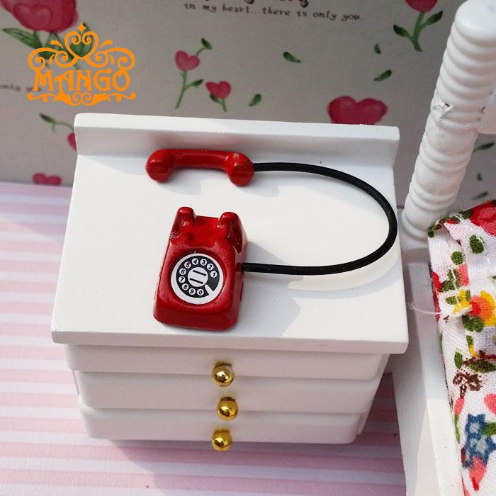 free shipping 1:12 Dollhouse Miniature Toy Vintage Metal cute red telephone living room(China (Mainland))