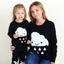 Retail  New 2016 autumn winter  Hot Children Long sleeve clouds print sweater hoody  Parent-child outfit(China (Mainland))