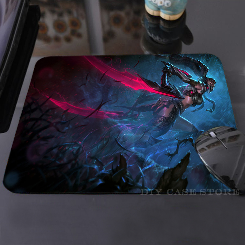 Funny LoL Headhunter Akali Mouse Mat Silicon Cool Non-Skid Desk Gaming Mouse Pad<br><br>Aliexpress