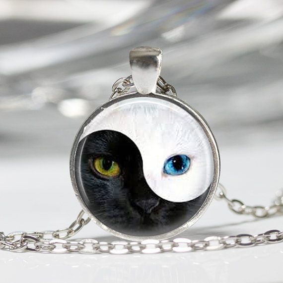 YIN YANG cat Pendant personality glass blue cat eye silver Round Dome necklace Jewelry for women men free shipping CN489(China (Mainland))
