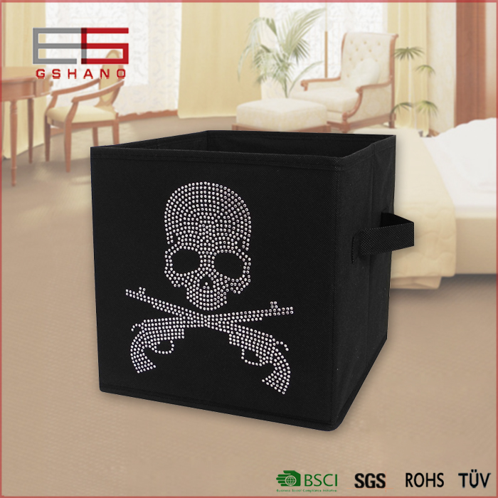 Skull Diamond Folding Clothing Organizer Non-Woven Fabric Storage Boxes Food /kid toy Container Dustproof Makeup Storage(China (Mainland))
