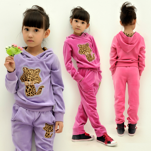 Kids Velvet Leisure Clothing Suit for Girls Hooded Causal Sets with Leopard Cat   Design, Free Shipping A2855