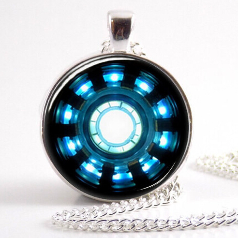 US Movie Iron Man Arc Reactor Necklace Tony Stark 1pcs lot bronze or silver chain Pendant