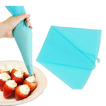 2 PCS/set Silicone Kitchen Accessories Icing Piping Cream Pastry Bag Icing Fondant Cake Cream Decorating Pastry Tip Tool