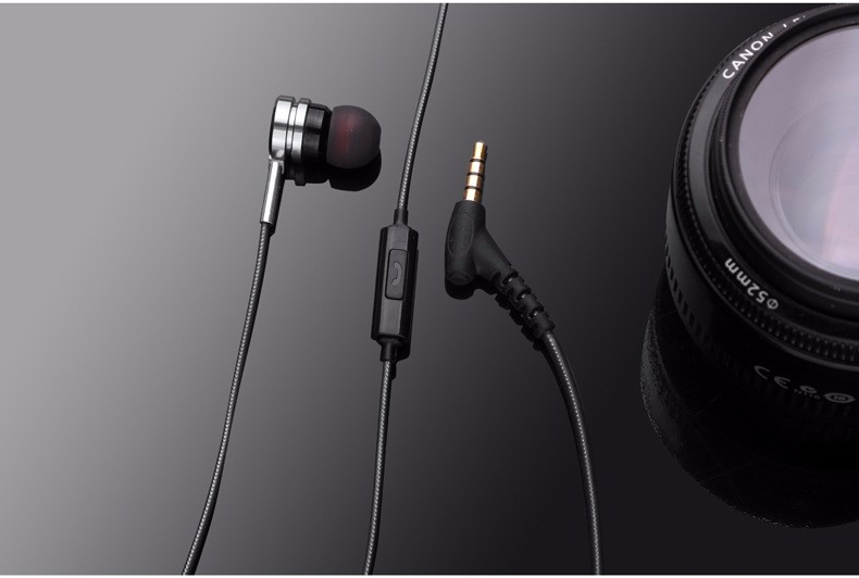 Professional In ear Music Earphone Metal Heavy Bass HIFI Stereo Gaming Earbud Earphones With Mic Subwoofer Earpods for iPhone PC