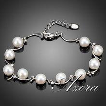 AZORA 10pcs Real Pearl Clear Stellux Austrian Crystal Bracelets TS0049(China (Mainland))
