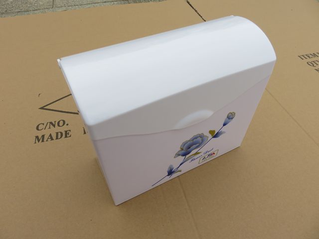 Free standing plastic waterproof toilet paper holder with free shipping(China (Mainland))