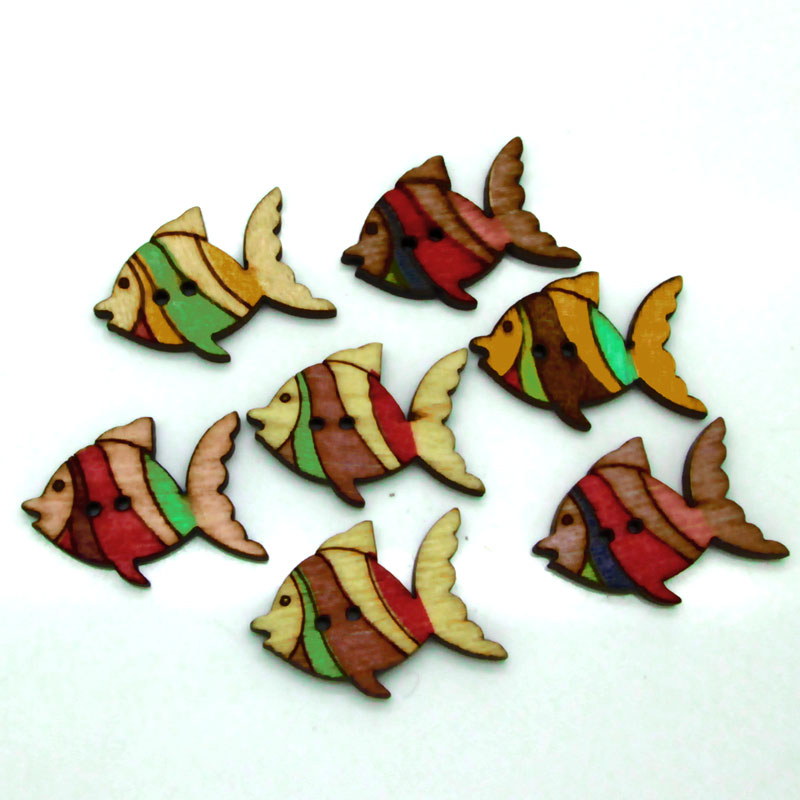 50Pcs Mixed Colors Fish Wood Button For Garment Cartoon Painting Wooden Button To Sew Scrapbooking DIY accessories(China (Mainland))