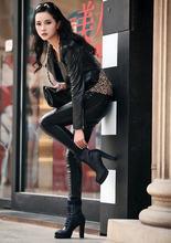 Mujeres de la manera de tacón alto botas de nieve del invierno del estilo de Inglaterra de alta y tacón grueso terciopelo zapatos impermeables femeninos H1841(China (Mainland))