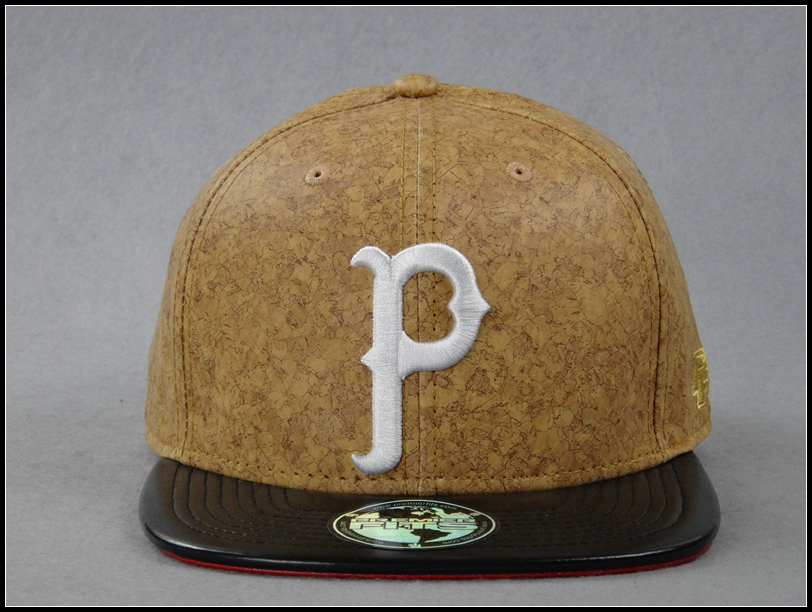 PF PREMIER FITS HIGH QUALITY SNAPBACK HAT FEATURED WOODEN PATTERN FABRIC RAISED EMBROIDERY LEATHER BRIM HIGH QUALITY SNAPBACK(China (Mainland))