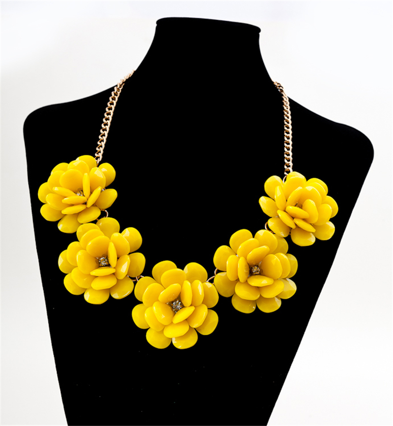Factory Outlet Europe and America most fashion jewelry Zinc alloy with acrylic perfect Five flower multi