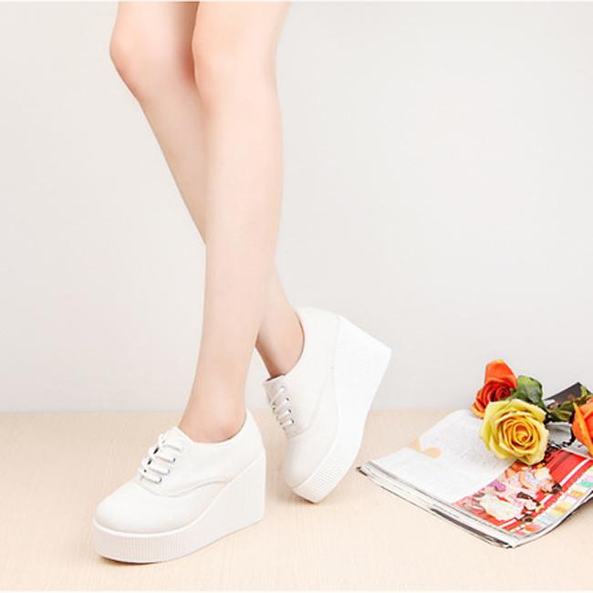 Woman shoes zapatos mujer  2015 fashion casual flats shoes plus size tenis feminino creepers platform shoes Women Flat Shoes